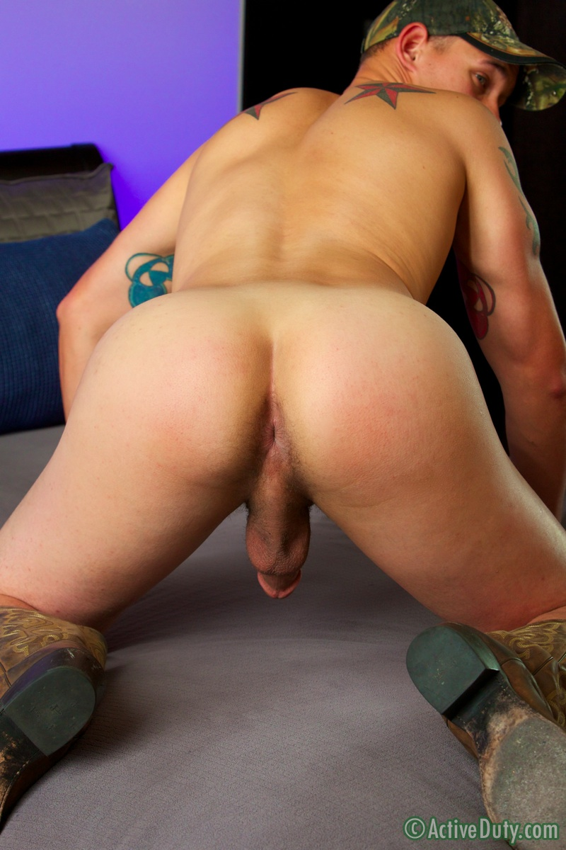 activeduty-hunter-army-big-cock-masturbation-19 Amateur Straight Country Cowboy from the Army Masturbating