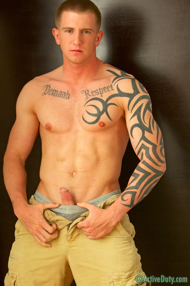 Photos of muscular army guys gay shooting