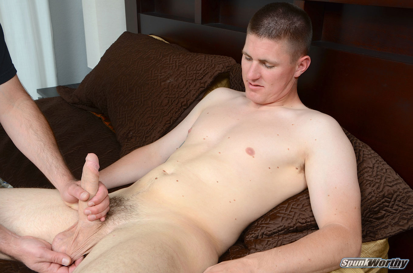Straight guys handjob gallery gay xxx 9