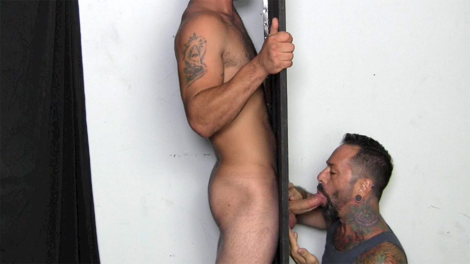 straight gets blowjob gloryhole