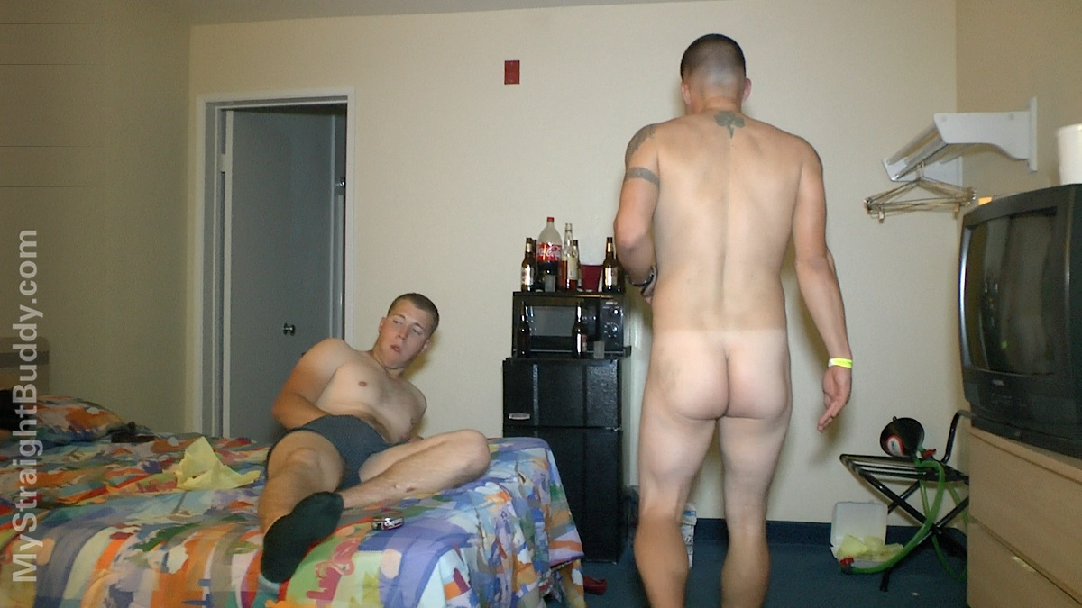 My Straight Buddy Naked Marines At Hotel Party Amateur Gay Porn 13 REAL Straight Naked Drunk Marines Streaking At A Motel Room Party