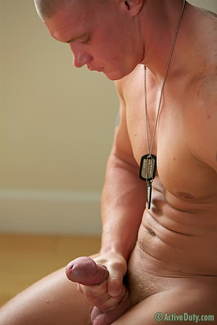 Active-Duty-Tanner-Muscle-Marine-Jerking-His-Big-Mushroom-Head-Cock-Amateur-Gay-Porn-12 Semper Fi!  Real Muscle Marine Jerking His Mushroom Head Cock