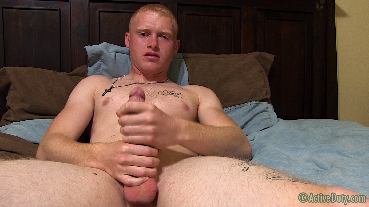 Hot And Muscular Marine Reporting For A Masturbating Duty