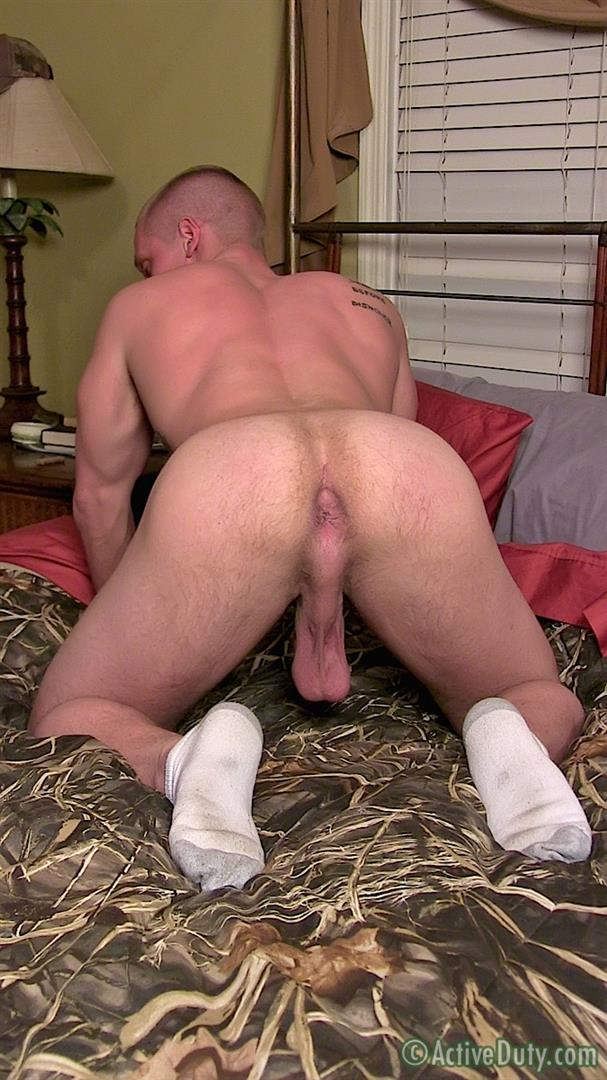 Active Duty Muscle Bi Sexual Niko US Army Soldier Jerking His Big Cock Amateur Gay Porn 10 Amateur 23 Year Old US Army Hunk Jerks His Thick Cock