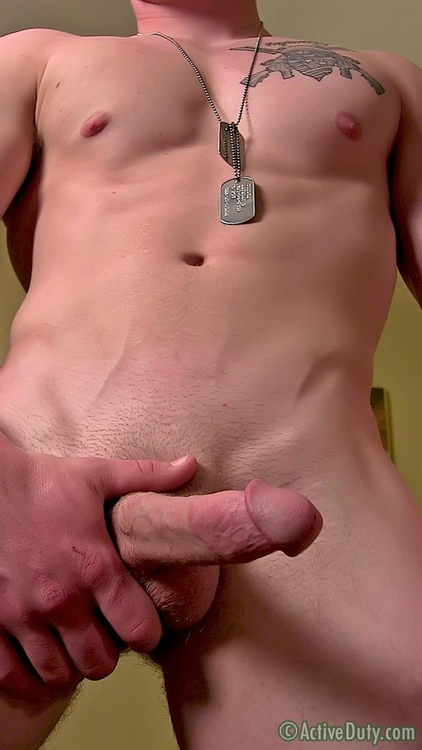 ActiveDuty Orion Ripped Army Guy Jerking His Big Cock Amateur Gay Porn 13 Straight US Army Soldier Orion Jerking His Thick Cock