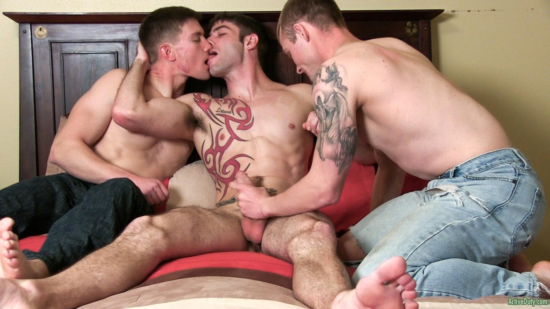 Active Duty Jake Riley Shea Three Straight Army Guys Fucking Hairy Ass Amateur Gay Porn 01 Three Way Army Buddy Hairy Ass Flip Flop Fucking