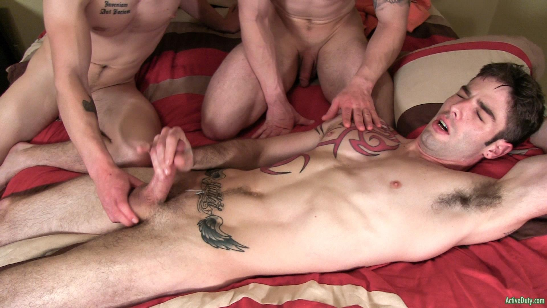 Active-Duty-Jake-Riley-Shea-Three-Straight-Army-Guys-Fucking-Hairy-Ass-Amateur-Gay-Porn-14 Three Way Army Buddy Hairy Ass Flip Flop Fucking