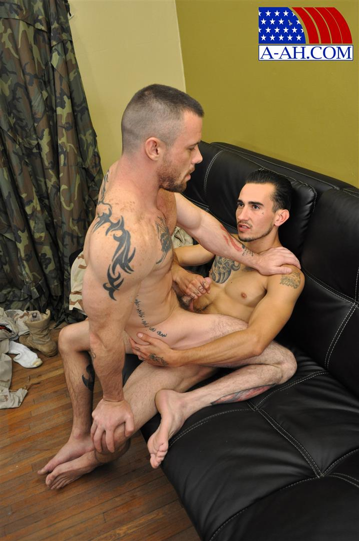 All American Heroes CIVILIAN MARTEN FUCKS SERGEANT MILES Army Guy Fucking Amateur Gay Porn 12 US Army Sergeant Gets Fucked In The Ass By His Civilian Buddy