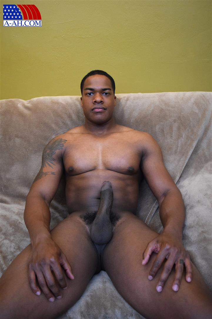 All American Heroes Sean Muscle Navy Petty Officer Jerking Big Black Cock Amateur Gay Porn 10 Big Muscular Black Navy Petty Officer Jerking His Big Black Cock