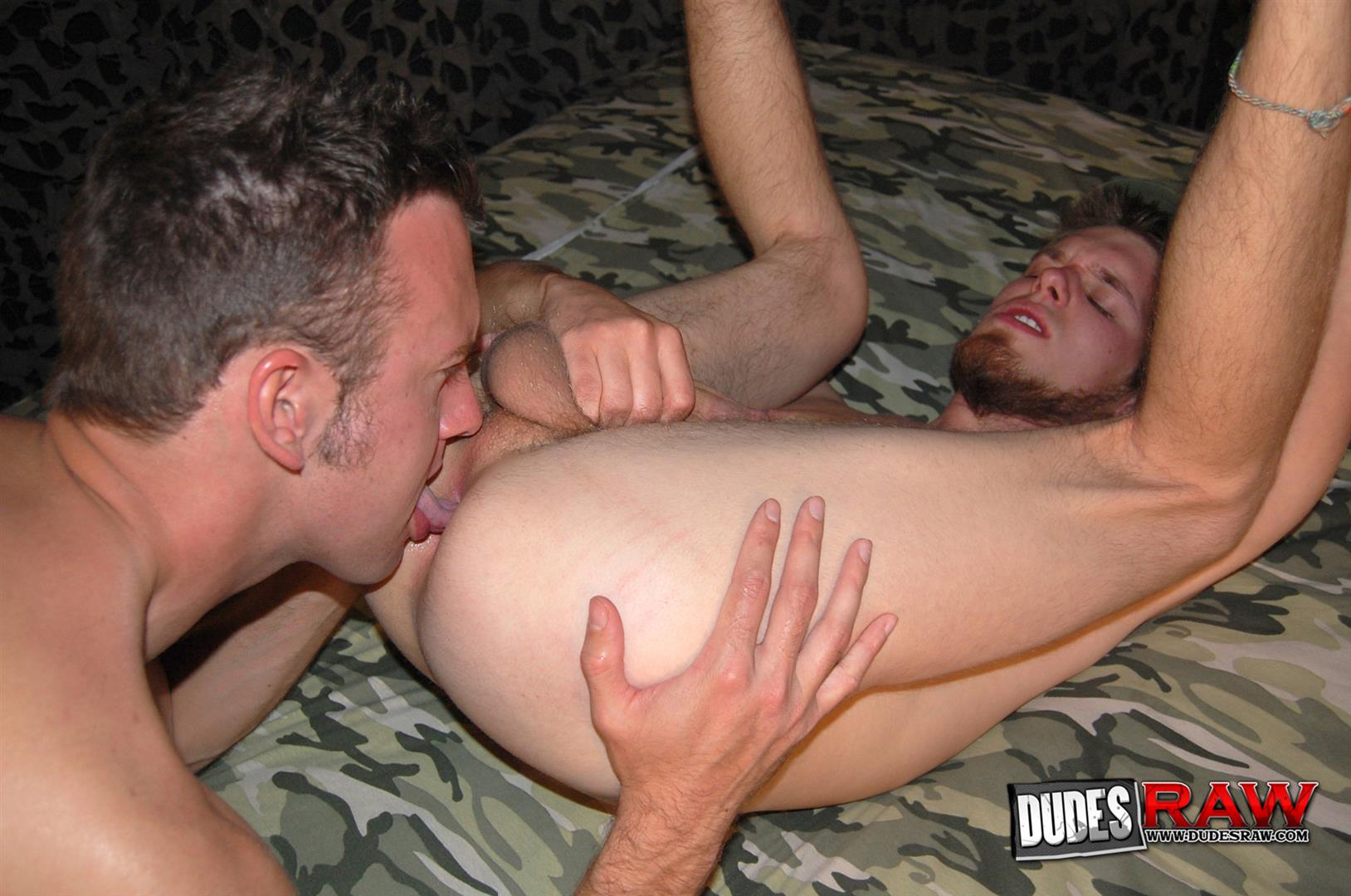 Dudes-Raw-Jacques-Satori-and-Zeke-Stardust-Army-Guys-Barebacking-Amateur-Gay-Porn-16 Army Guys Discover Gay Sex and Bareback Fuck Each Other