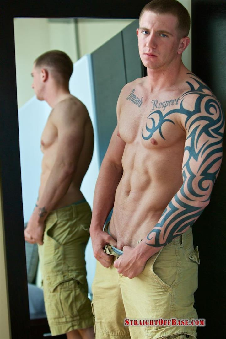 Straight-Off-Base-Shane-Naked-Marine-Jerk-Off-Amateur-Gay-Porn-04 Muscled Marine Corporal Jerks His Smooth Shaved Cock